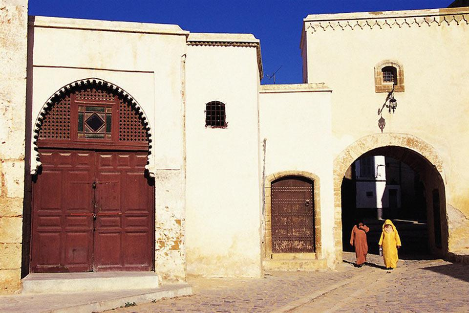 A quiet town on the edge of the ocean, El Jadida's colonial past is still very present.