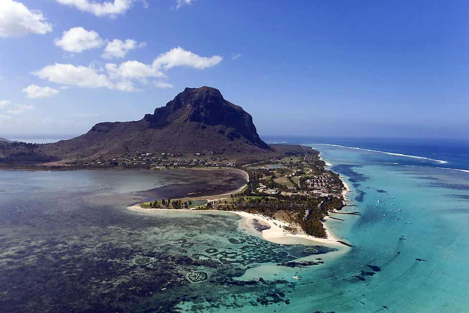 """Nestled at the far end of the bay of Vieux Port, the main city in the href=""""https://www.easyvoyage.co.uk/ile-maurice/le-morne-et-la-cote-sud"""">south still holds the charm of an old market town. There is nothing exceptional to visit but the atmosphere is pleasant, far from the bustle found in Grand Baie and Port Louis. To see: the fabrics market on Mondays. The Historical Naval Museum, open from 9:00am ..."""