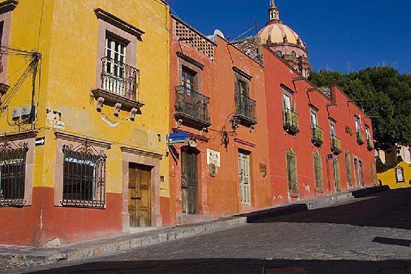 Guanajuato, nelle giornate di sole è ricca di colori.