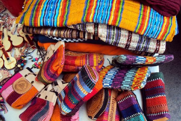 Very colourful, it is very popular with tourists for its beautiful bags and accessories.