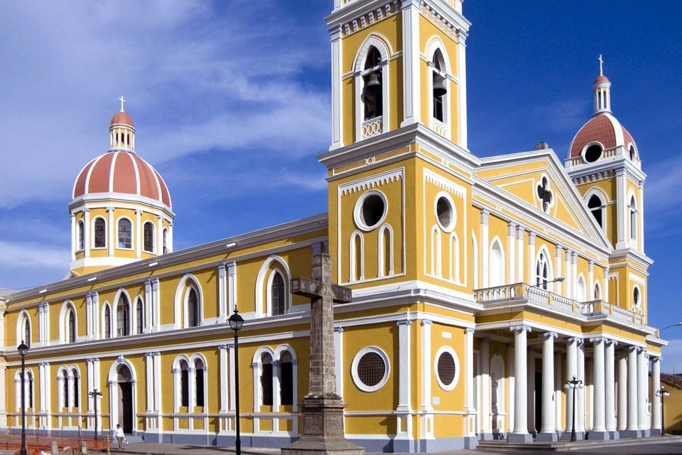 Today's cathedral was built on the remains of the old cathedral that was destroyed by a fire in the mid-18th century.