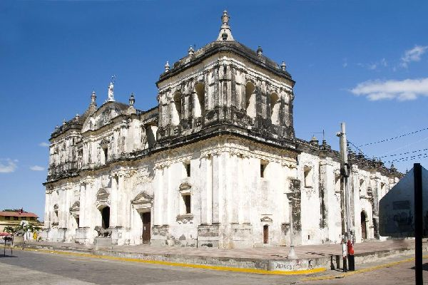 The cathedral is the final resting place for a number of deceased prominent individuals, such as Ruben Dario, a famous Nicaraguan poet.