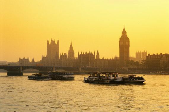 Londres (monuments et shopping) : La Tamise et Westminster, Londres - Royaume-Uni