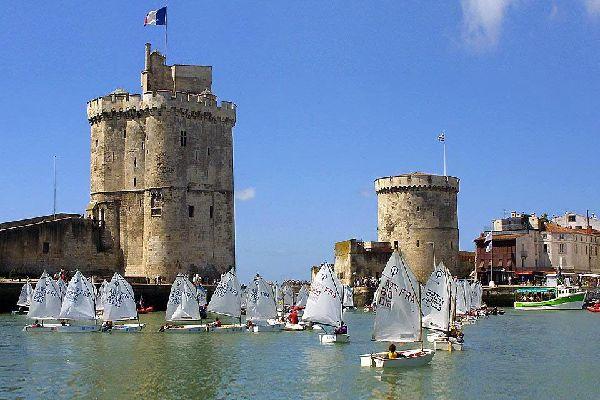 Lors d'un séjour dans la ville, les trois tours apparaissent incontournables.