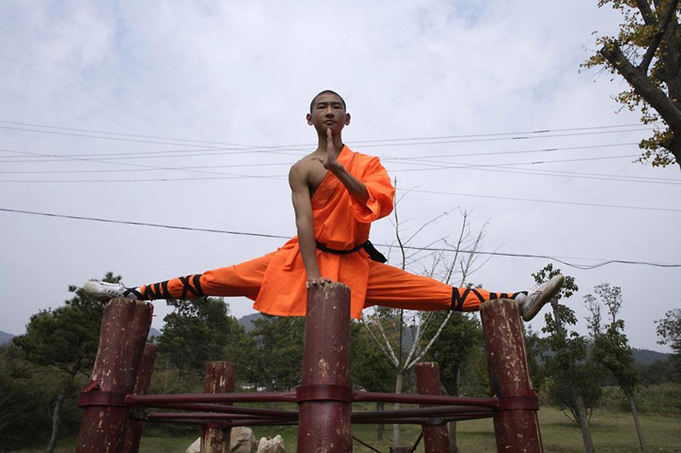 Shaolin monks often demonstrate the art of Shaolin for visiting tourists.