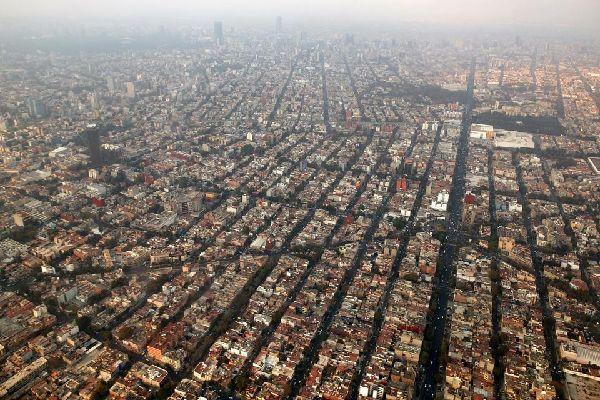 Mexico est la capitale et la ville la plus peuplée du Mexique.