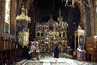 Construite en bois en 1292, refaite en pierre au XVème siècle, elle subit de nombreux remaniements par la suite. Son intérieur comporte de superbes icônes.