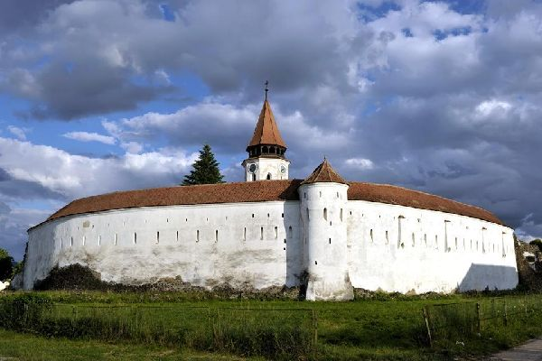 North of Brasov, the small village of Prejmer is known for having one of the most beautiful fortified peasant churches in all of Transylvania.