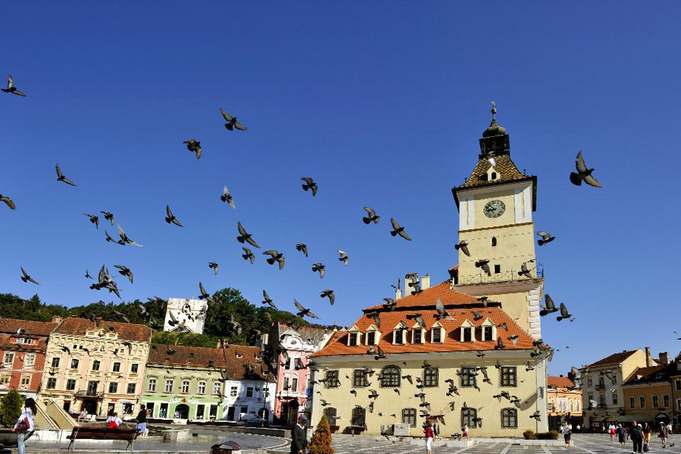 This highly photogenic and vast colourful square is the ideal departure point for visiting the city of Brasov.