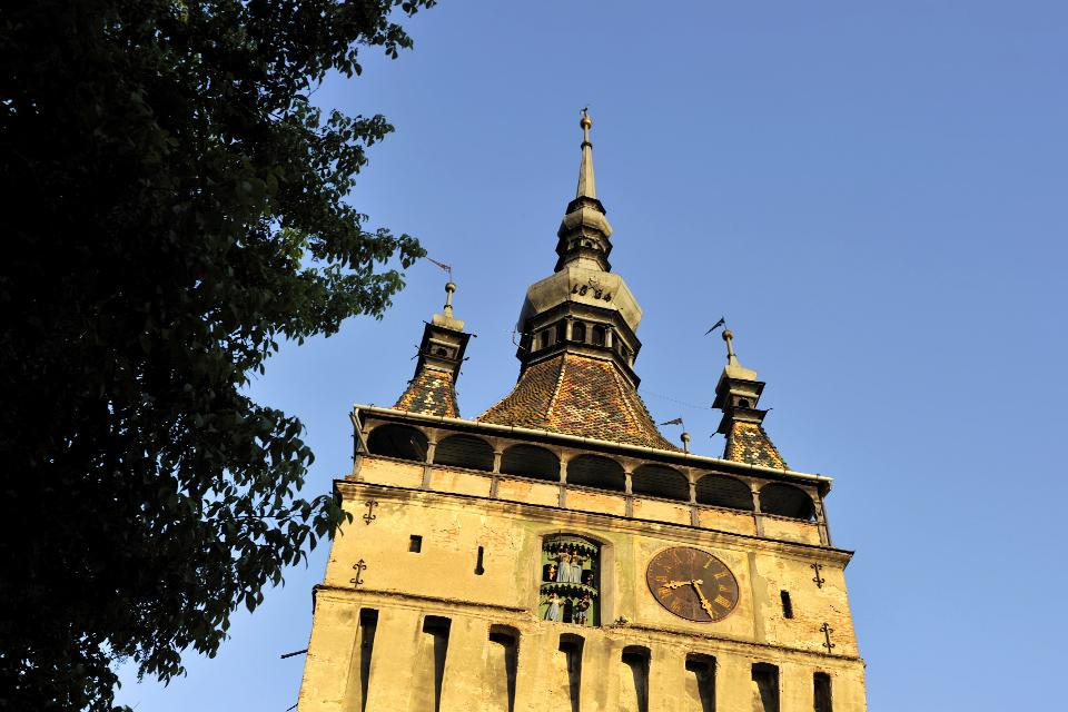 Built in the 14th century, the city's 64-metre high landmark continues to perfectly reflect the city's desire and effort to demonstrate its grandeur.