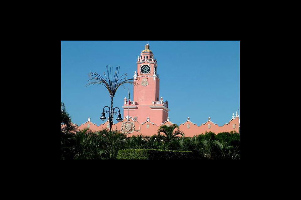Veduta su un edificio coloniale