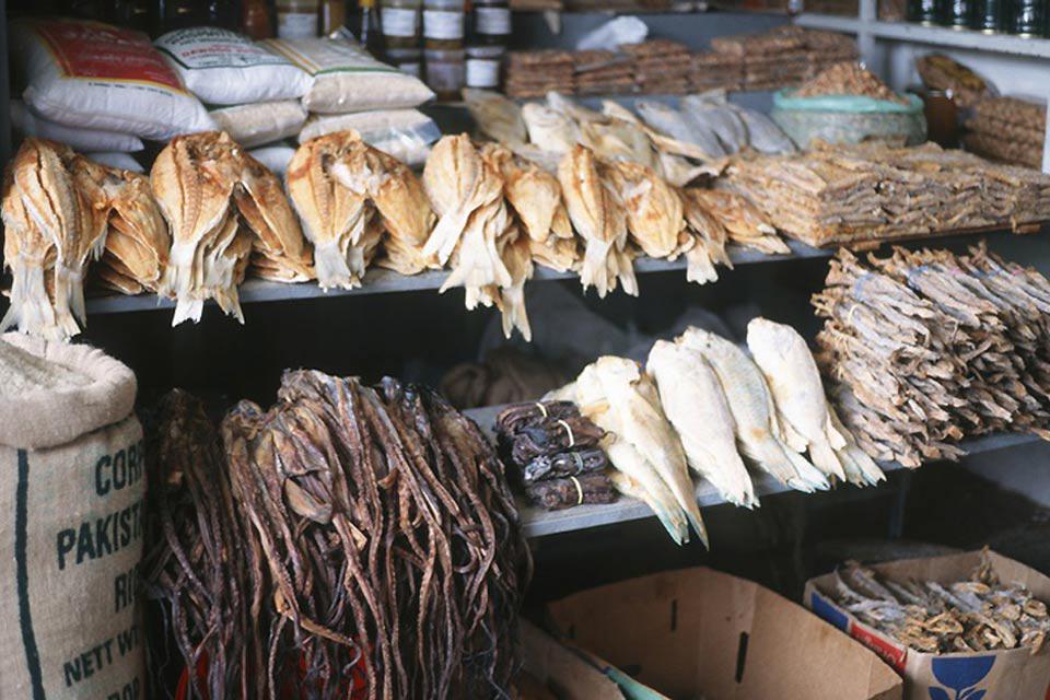 Come per tutta la costa, Maputo è ricca del pesce che ogni giorno l'Oceano Indiano mette a disposizione.