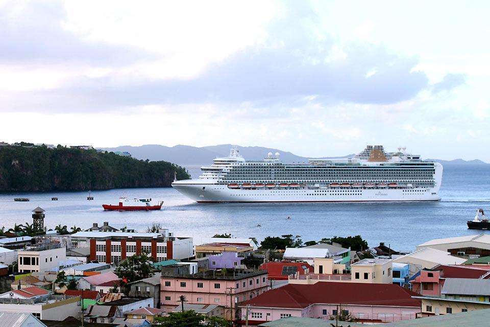 Die Landeshautpstadt ist regelmäßig Anlaufhafen von Kreuzfahrtschiffen.