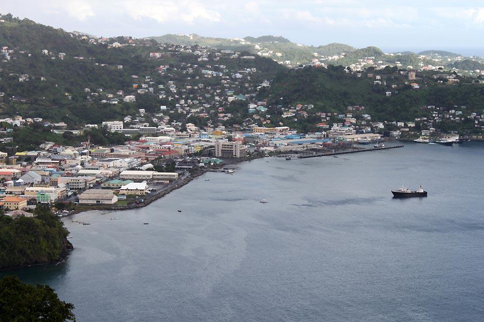 Die Hauptstadt von Saint-Vincent und die Grenadinen ist die einzige wirkliche Stadt des Landes.