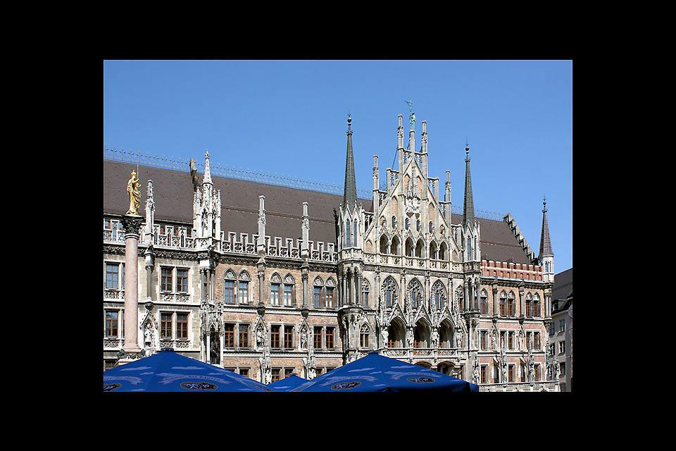 This wonderful Neo-Gothic style building stands facing Marienplatz, Munich's central square.
