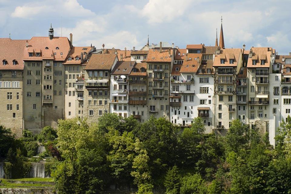 Die originalgetreu erhaltene mittelalterliche Altstadt von Freiburg ist in ganz Europa einzigartig.
