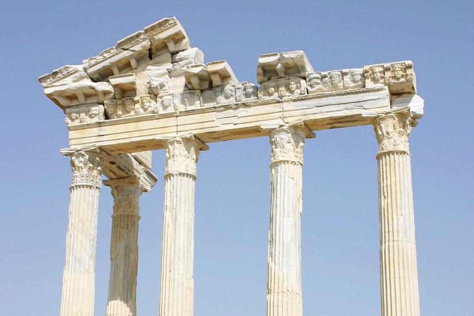 Los emplazamientos antiguos de Antalya disponen de ruinas que suelen estar muy bien conservadas.