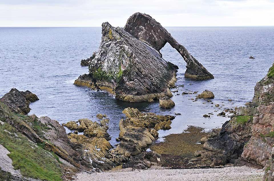 Aberdeen dispose d'une grande plage de sable entre les deux rivières de la Dee et de la Don, plage se changeant en grandes dunes de sable au nord de la Don qui s'étendent jusqu'à Fraserburgh.