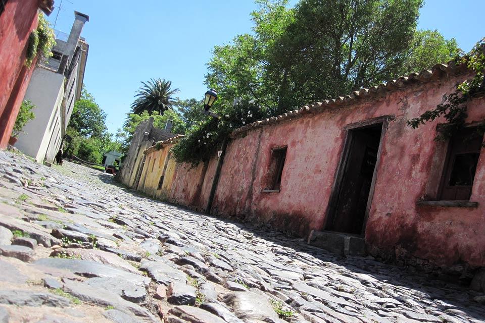 Colonia del Sacramento est la plus vieille ville d'Uruguay. Elle a été fondée en 1680.