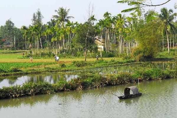 Située dans la province de Quang Nam, Hoï An était une ville prospère établie sur la route de la soie. Elle fut un port international au XVIème et XVIIème siècle.