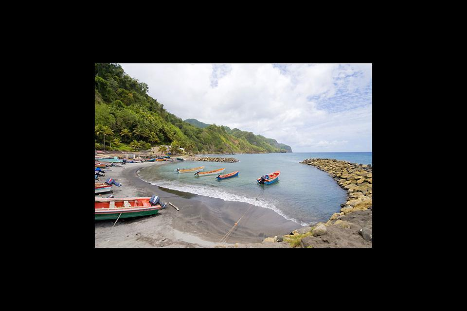 Trois-Ilets ist ein kleiner Badeort im Süden der Insel mit wunderschönen weißen Sandstränden.