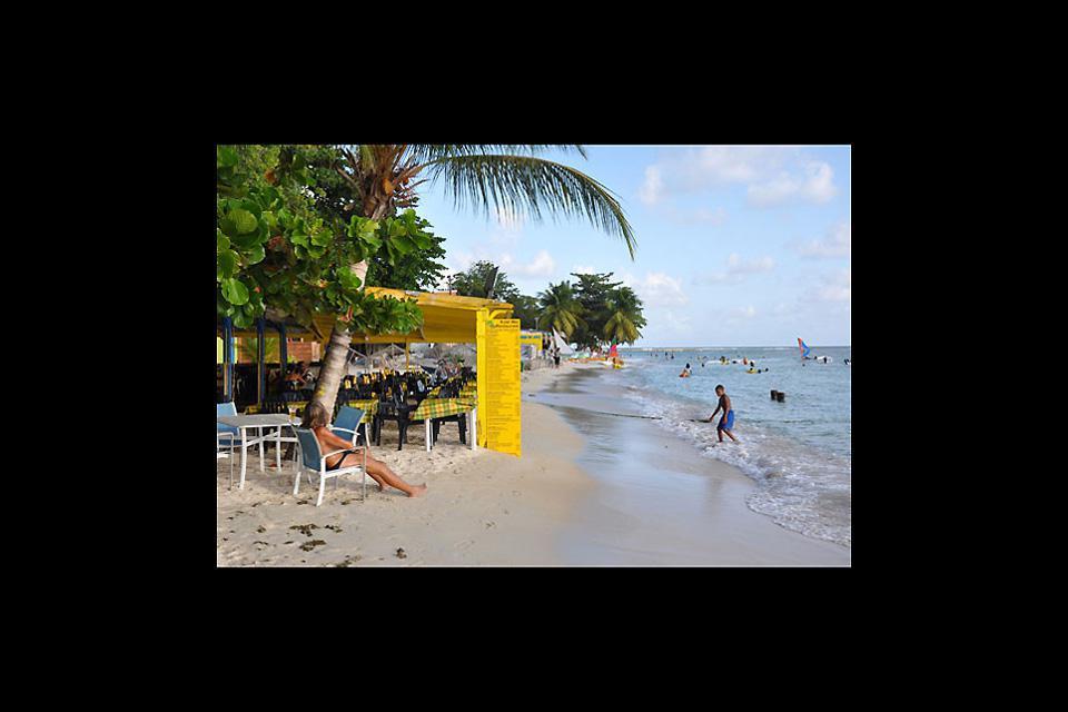 Sainte-Anne est la ville la plus touristique de Martinique. Et ses superbes plages n'y sont pas pour rien!