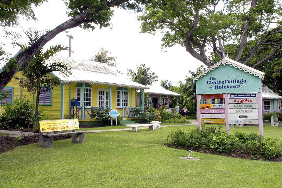 Située à l'ouest de l'île, Holetown est un petit village typique de l'île.