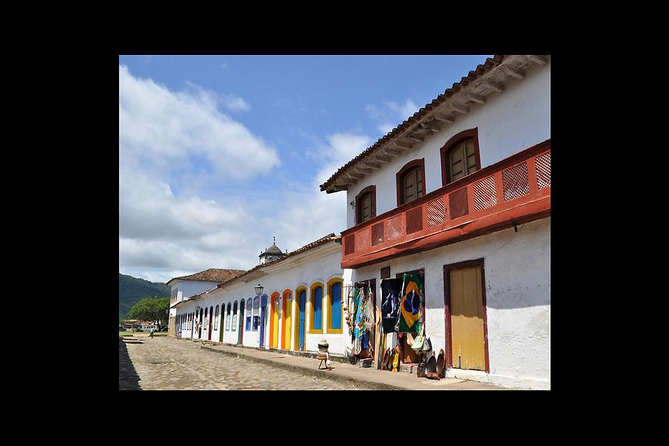 Capela de Santa Rita is the oldest church in Paraty. It was completed in 1722. This was the church of the white elite and freeman, former slaves