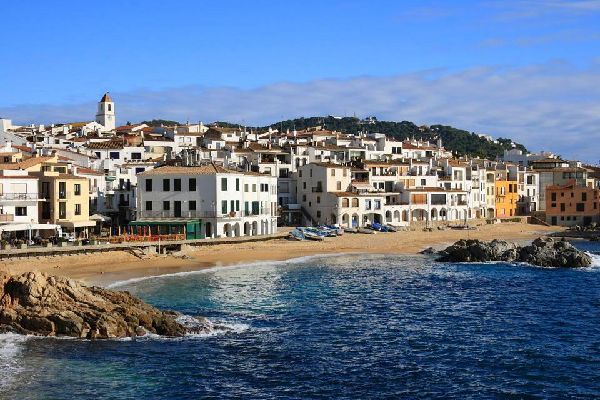 A village on the Catalan coast, ideal for family holidays