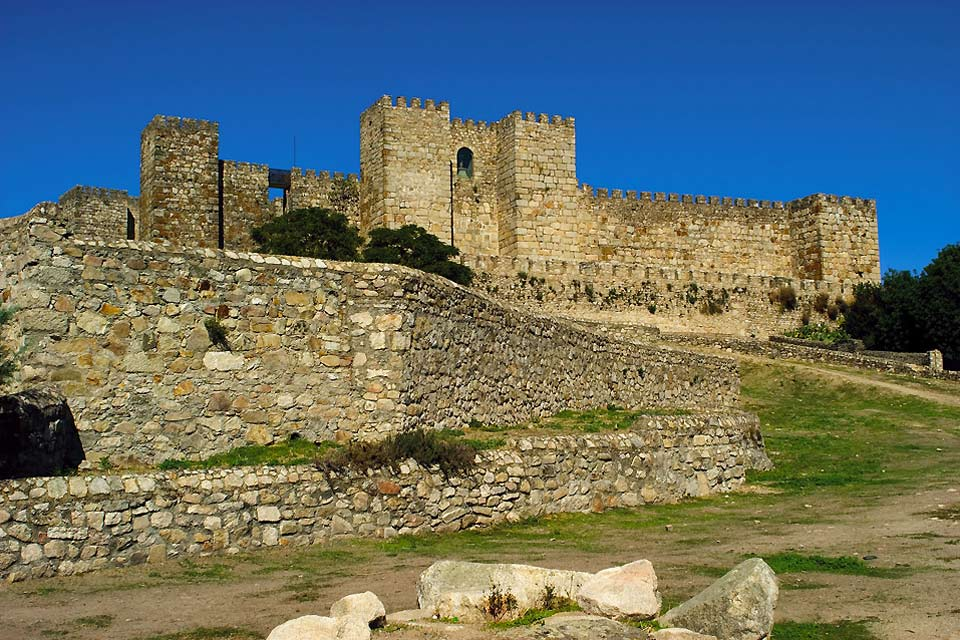 This castle overlooks the city of Trujillo. It was built in the 13th century on the site of an ancient Arab fortress.
