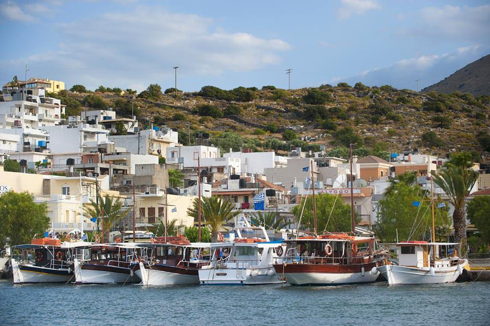 This small port is located some 7 miles from the neighbouring town of Agios Nikolaos.