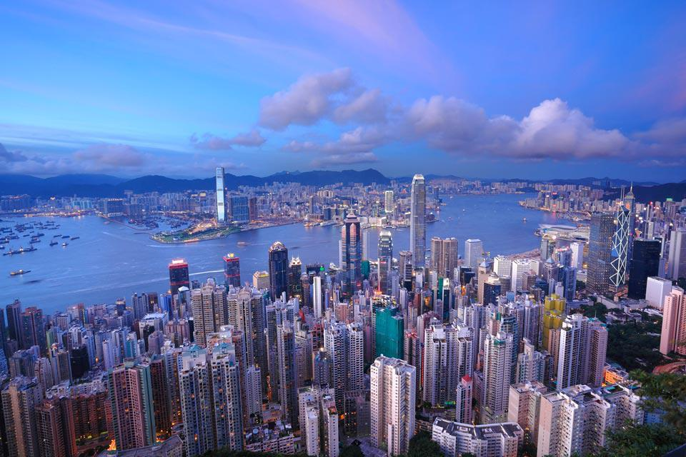 The urban area of Hong Kong, which is extremely densely populated, boasts a rich cultural and leisure offering to tourists