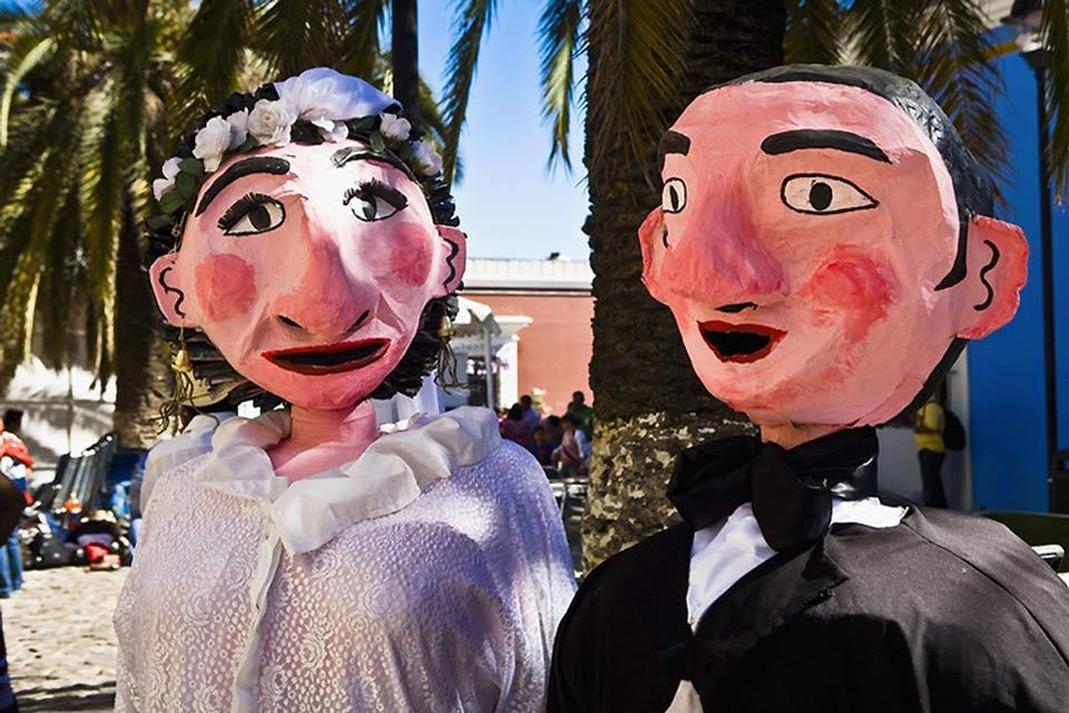 Matrimonio fra manichini ad Oaxaca.