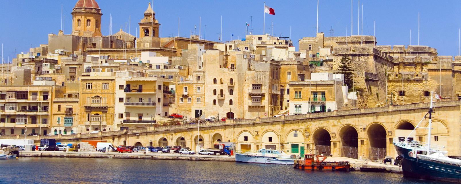 travel to valletta malta valletta travel guide easyvoyage. Black Bedroom Furniture Sets. Home Design Ideas