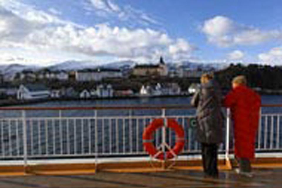 Die Hurtigruten sind eine international bekannte Touristenattraktion geworden.
