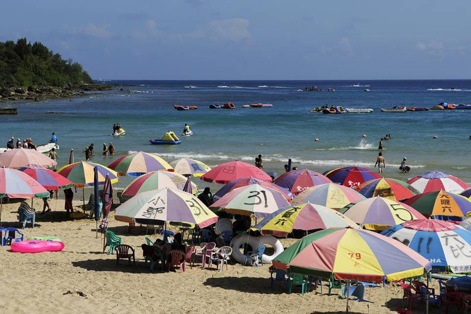 The country's most beautiful beaches are in Kenting.