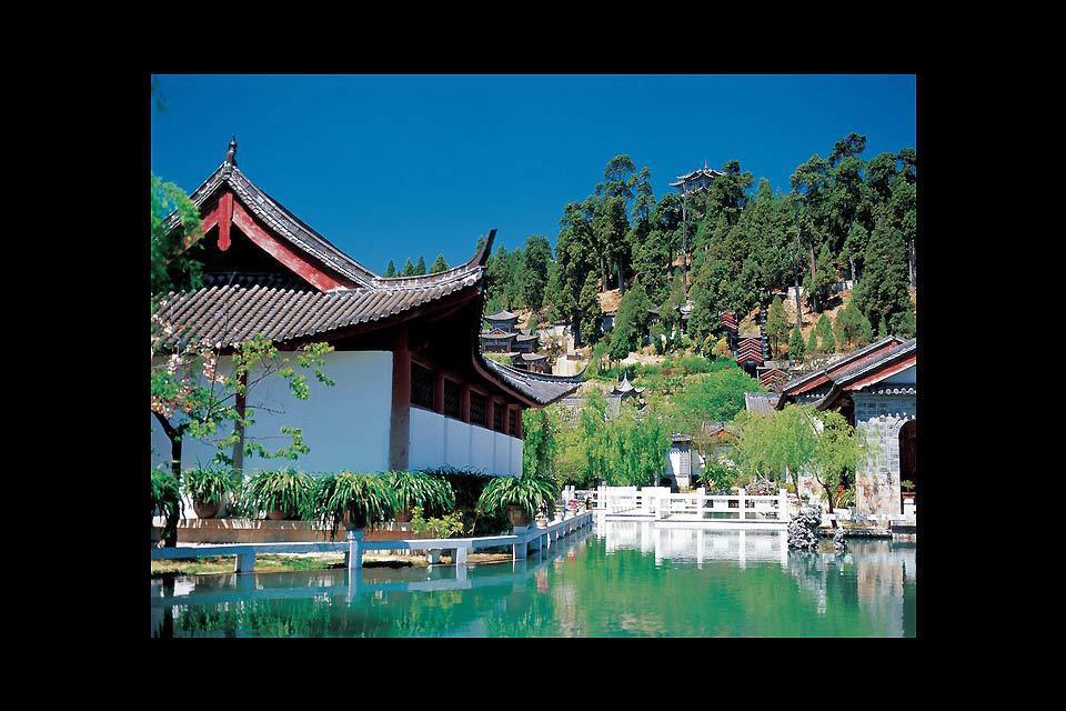 Lijiang abrite de superbes hôtels de charme dans d'anciennes demeures Naxi restaurées.