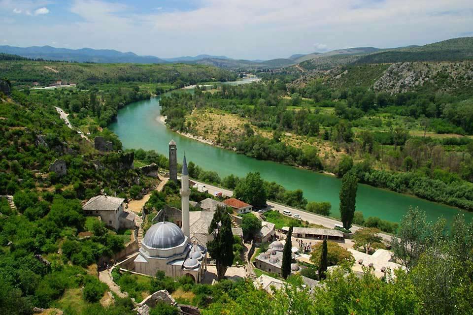 Symbole de Mostar, le pont du XVIe siècle a été détruit en 1993 par les forces croates pendant la guerre en Bosnie.