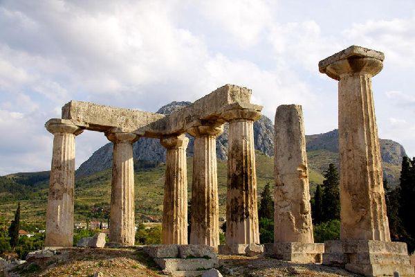 Corinto formaba parte de las ciudades más importantes de la Antigua Grecia.