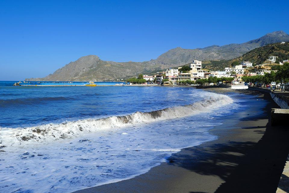 Because it is located in the very south of Europe, Plakias receives an incredible amount of sunshine.