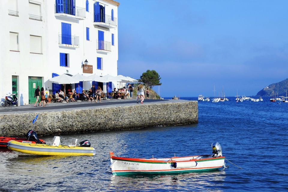 La vieille ville de Cadaquès a servi de source d'inspiration à de nombreux artistes.