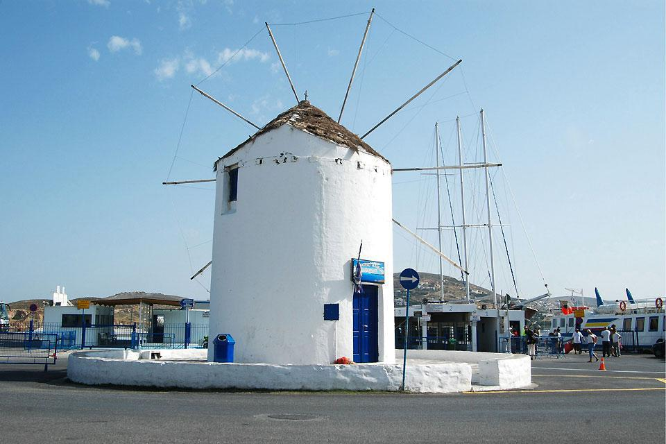 Like all of the island's in the region, Paros has its famous windmills, typical of the Cyclades region.
