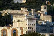 La historia de Gubbio ha ido acompañada de la prosperidad y el poder, sobre todo gracias a su ubicación.