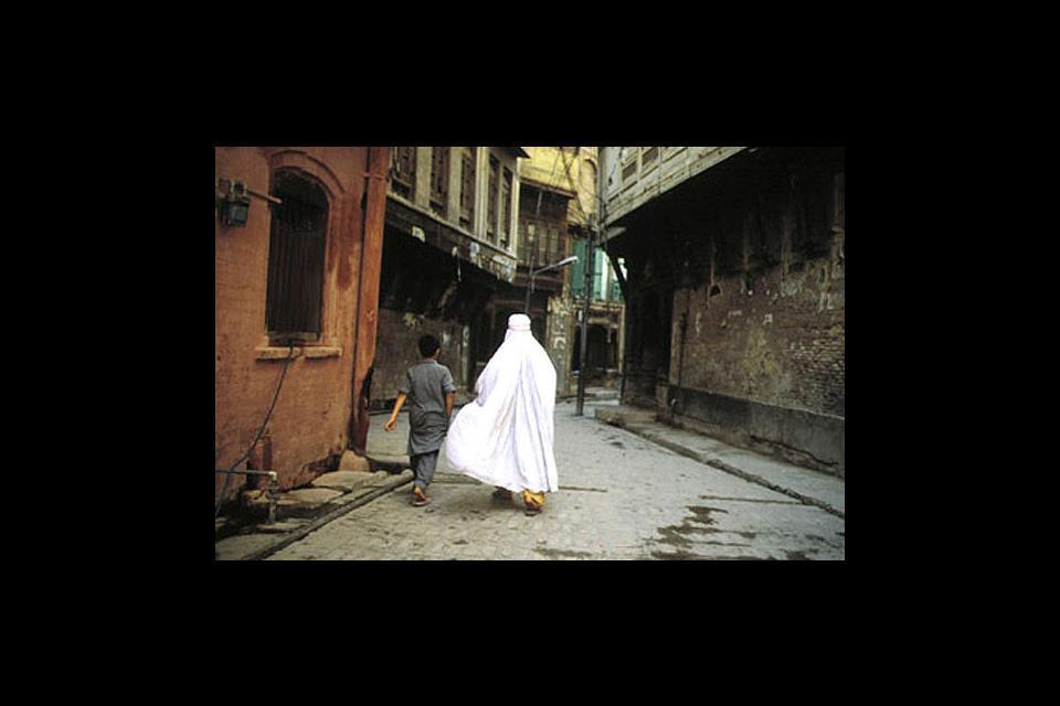 Peshawar,  située au nord du pays est la capitale de la tribu patchoune.