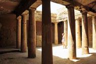 A 2 km de Pafos, le Tombeau des rois est une nécropole batie au IIIème siècle avant J-C.