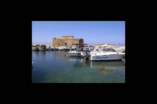 Le fort ottoman de Pafos domine le port de la ville depuis le XVIème siècle.