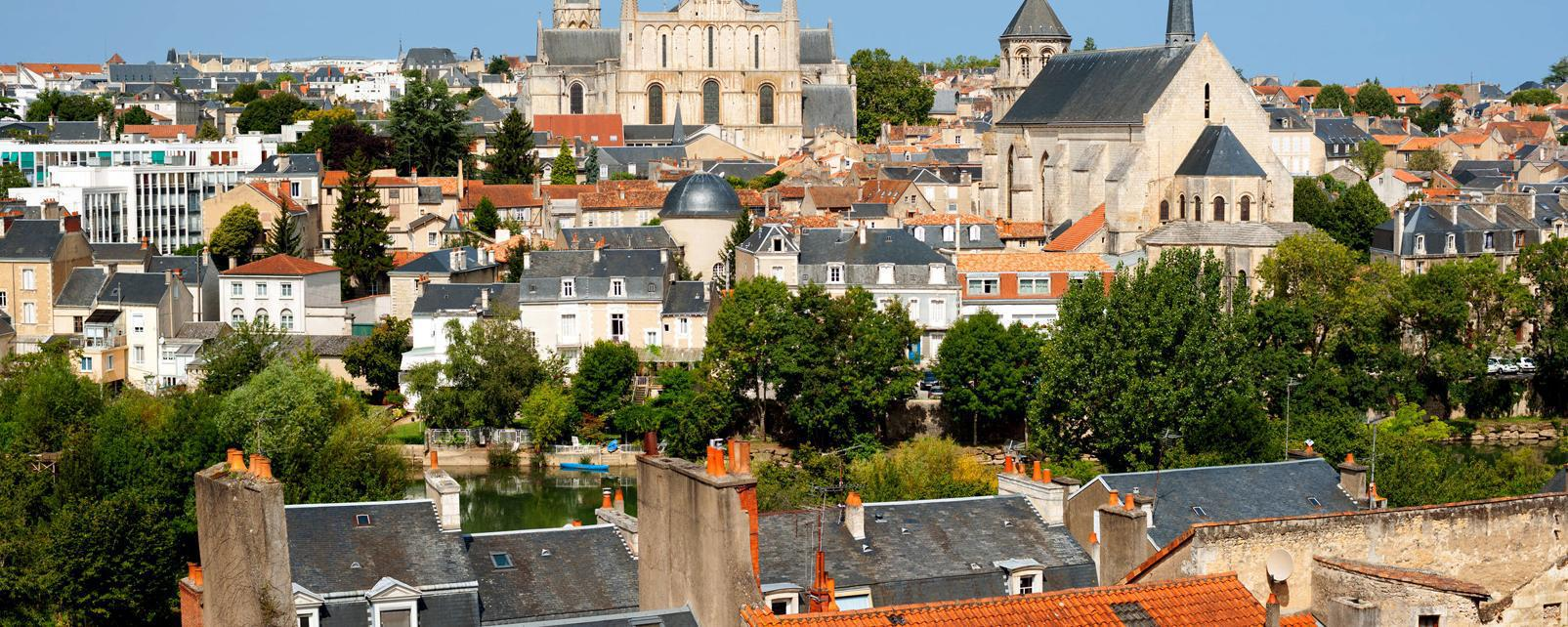 Weather forecast poitiers france best time to go for Piscine poitiers