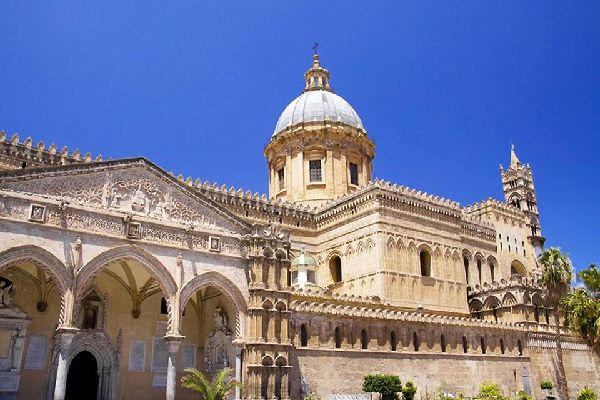 The Palermo Cathedral, dedicated to Our Lady of the Assumption, is an imposing architectural complex that combines various styles.