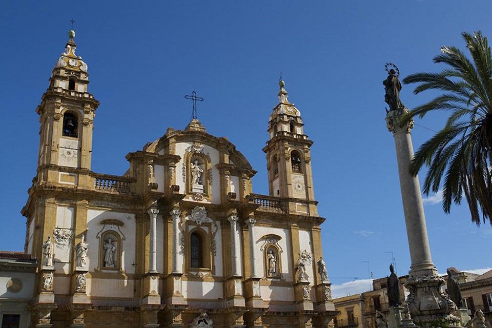 The Basilica of San Domenico, located on the square of the same name in the La Loggia neighbourhood, is the second largest place of worship in Palermo after the cathedral.