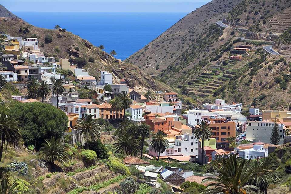 Vallehermoso est la plus grande ville de La Gomera.